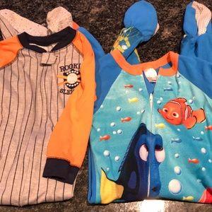 Other - 3t Footie zippier pajamas.